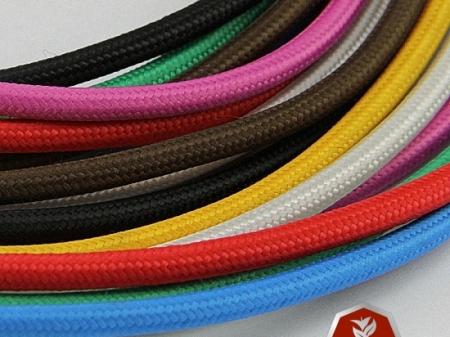 Renkli kumaş örgülü kablolar