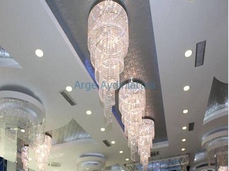 Düğün salonu kristal aydınlatma